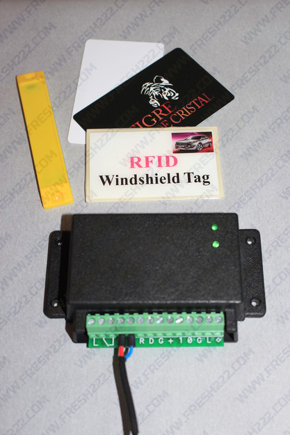 Контролер для шлагбаума для ворот для парковки RFID UHF